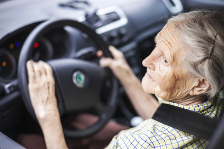 How to Know When Your Loved One Should Stop Driving